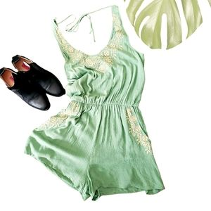 Francesca's Green Embroidered Sz Large NWT Romper
